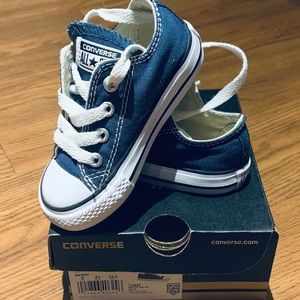 Converse Navy Oxford Sneakers, Toddler 5, Worn 1x!